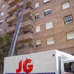 mudanzas-valencia-grua-elevadora-propia-8-pisos-camion